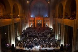 Het slotconcert: 1000 stemmen worden één in de Basiliek van Koekelberg in Brussel.
